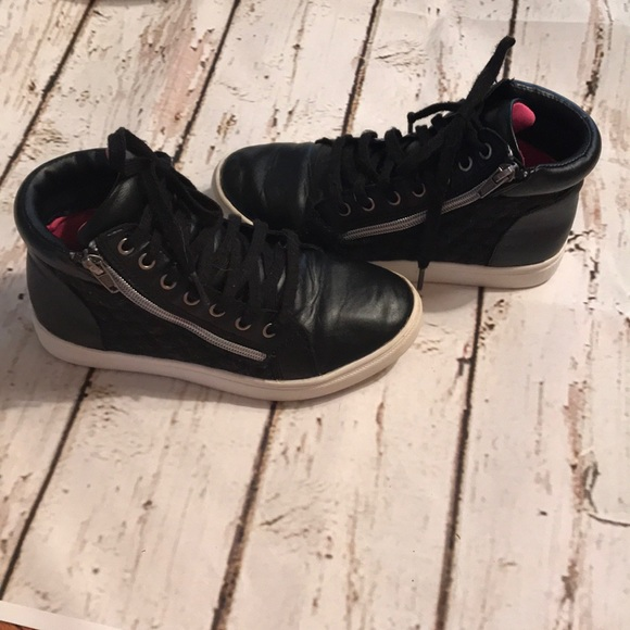 kohls Other - Kohl s girls zip and tie up high top sneakers a9f4b2e10